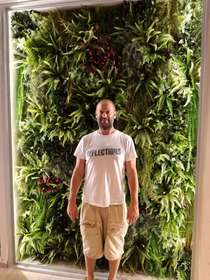 ARTIFICIAL GREEN WALL BY PASSIONECREATIVA GREEN DESIGN STUDIO